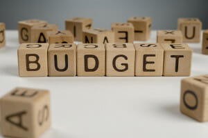 How To Budget And Save On A Low Income